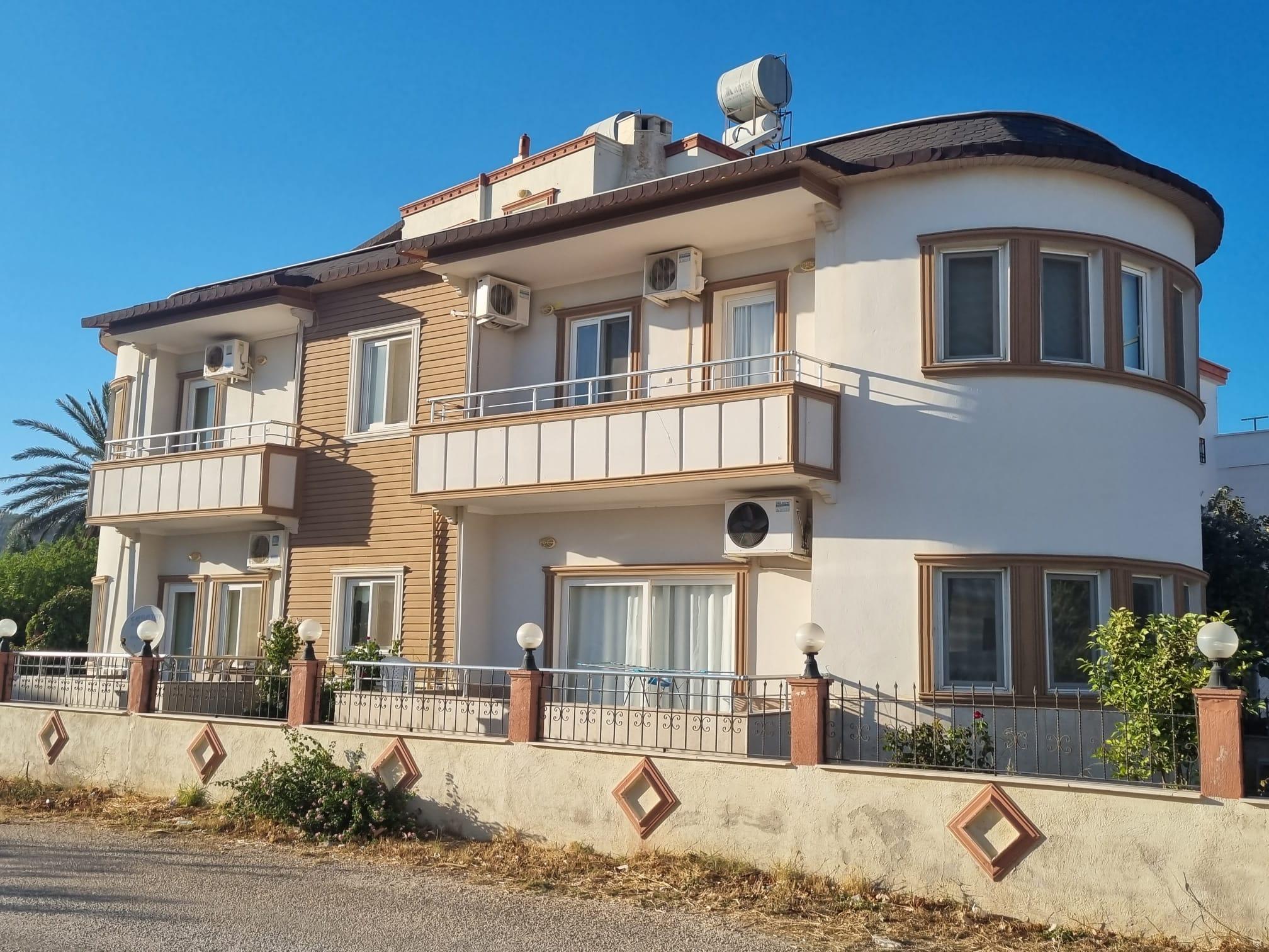 ACİL SATILIK Taşucu Reşadiye Mahallesinde Satılık Müstakil 4+1 ve 2+1 Villa